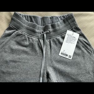 Lululemon Warm Down Jogger Size 4